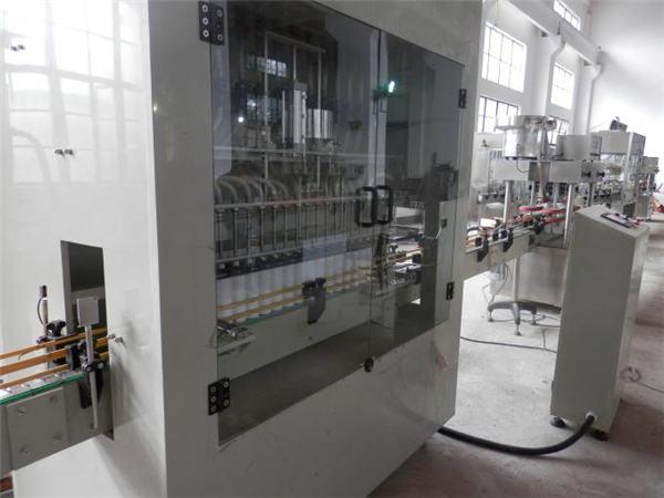 Machine de remplissage complètement automatique de blanchiment d'acier inoxydable
