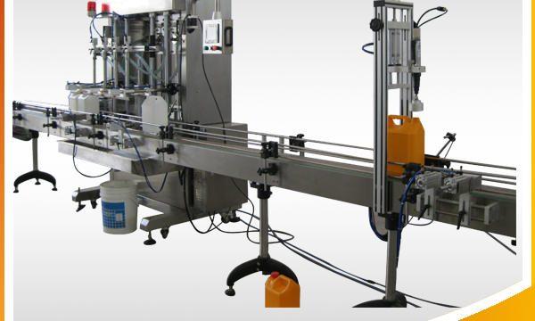 Machine de remplissage liquide automatique de bijoux nettoyant