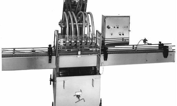 Machine de remplissage d'huile végétale à piston commandé par PLC